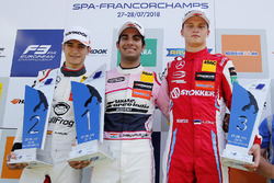 Podium: race winner Jehan Daruvala, Carlin, second place Alex Palou, Hitech Bullfrog GP, third place Ralf Aron, PREMA Theodore Racing