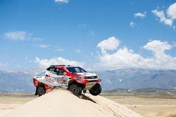 #304 Toyota Gazoo Racing Toyota Hilux: Giniel de Villiers, Dirk von Zitzewitz