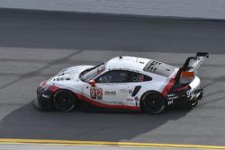 Джанмария Бруни, Лоренс Вантхор, Эрл Бамбер, Porsche Team North America, Porsche 911 RSR (№912)
