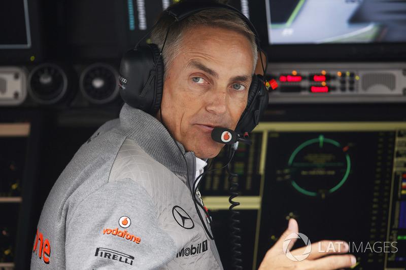 """Em 2012, Whitmarsch não engoliu bem a decisão de Hamilton de deixar a McLaren para uma nova jornada na Mercedes, dizendo que seria """"um erro""""."""