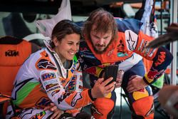 #15 KTM Racing Team: Laia Sanz, #8 Red Bull KTM Factory Team: Toby Price
