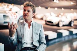 Нико Росберг в музее Mercedes