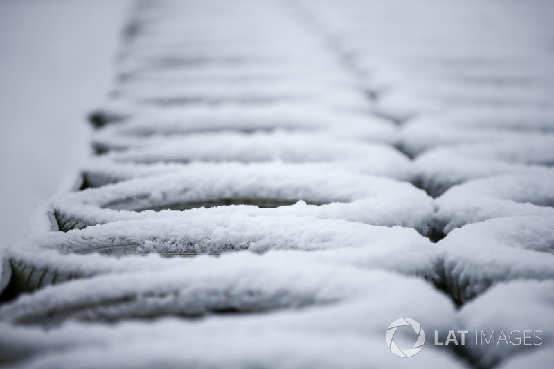 Snow covered tire wall