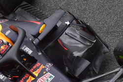 Red Bull Racing RB14 deflector support