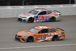 Daniel Suarez, Joe Gibbs Racing, Toyota Camry ARRIS and Austin Dillon, Richard Childress Racing, Che