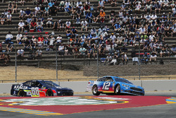 Ryan Blaney, Team Penske, Ford Fusion PPG, Alex Bowman, Hendrick Motorsports, Chevrolet Camaro Axalta