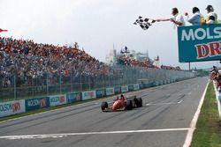 Jean Alesi, Ferrari 412T2, takes his first win