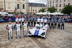 #10 Dragonspeed BR Engineering BR1: Генрік Гедман, Бен Генлі, Ренгер ван дер Занде