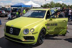 #8 Bentley Bentayga