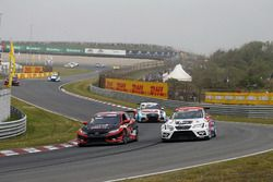 Attila Tassi, Hell Energy Racing with KCMG Honda Civic Type R TCR, Mikel Azcona, PCR Sport Cupra TCR