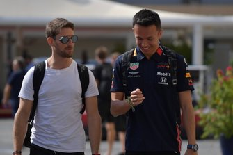 Romain Grosjean, Haas F1 Team, e Alexander Albon, Red Bull Racing