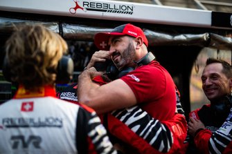 #1 Rebellion Racing Rebellion R13 - Gibson: Bruno Senna, Gustavo Menezes, Norman Nato with the team