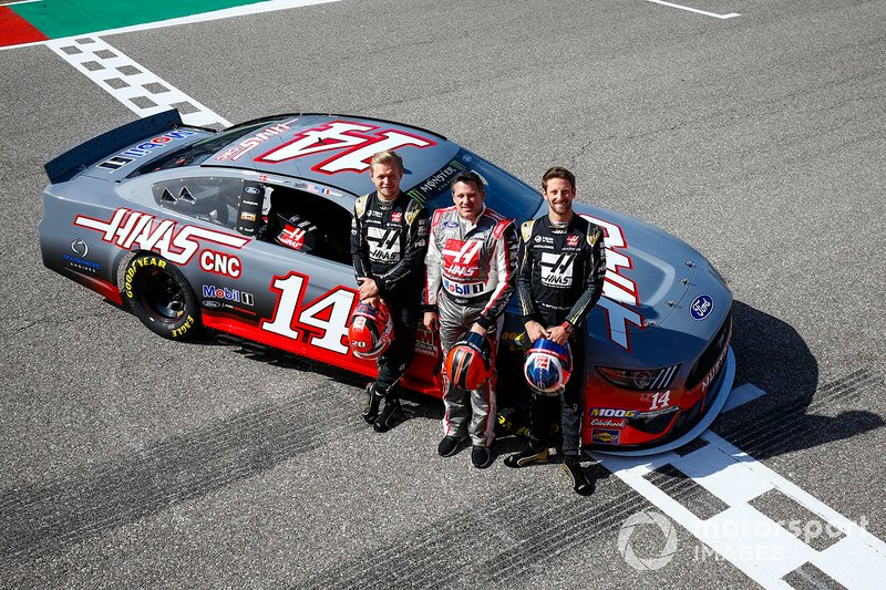Kevin Magnussen, Haas F1 Team Team, NASCAR legend Tony Stewart and Romain Grosjean, Haas F1 Team