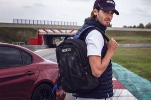 Antonio Giovinazzi con el equipo Sparco