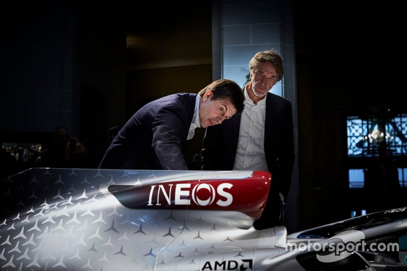 Toto Wolff, Mercedes AMG F1 Direttore di Motorsport, Sir Jim Ratcliffe, Presidente Ineos
