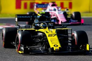 Nico Hulkenberg, Renault F1 Team R.S. 19, leads Sergio Perez, Racing Point RP19