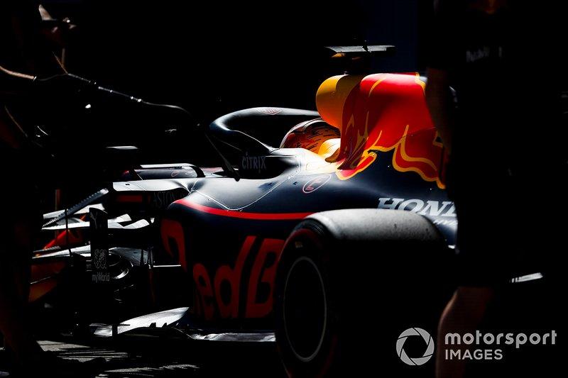 A Red Bull vem na sequência, com quatro. Depois, Cooper, Brabham e Renault, com dois cada. Vanwall, BRM, Matra, Tyrrell, Benetton e Brawn têm um título.