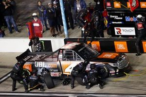 Raphael Lessard, Kyle Busch Motorsports, Toyota Tundra JBL, pit stop