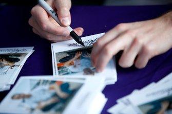 Stoffel Vandoorne, Mercedes Benz EQ signs autographs for fans