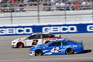 Brad Keselowski, Team Penske, Ford Mustang Discount Tire, Kyle Larson, Chip Ganassi Racing, Chevrolet Camaro Credit One Bank