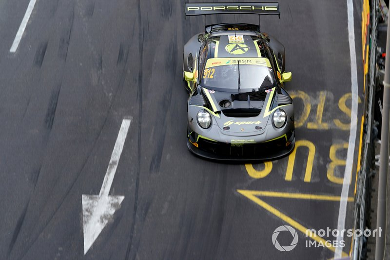 #912 Absolute Racing Porsche 911 GT3 R: Kevin Estre