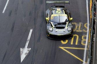 #912 Absolute Racing Porsche 911 GT3 R: Kevin Estre