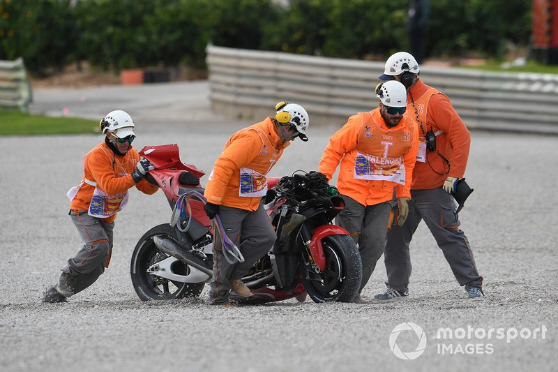 La moto incidentata di Andrea Iannone, Aprilia Racing Team Gresini