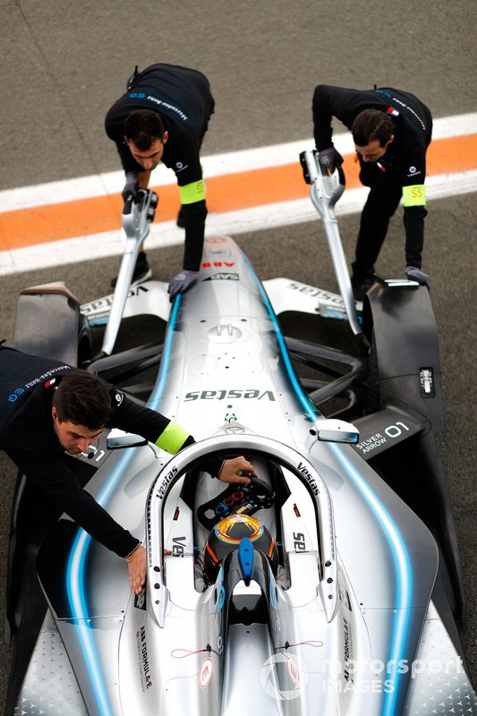 Stoffel Vandoorne, Mercedes Benz EQ Formula, EQ Silver Arrow 01, pushed back in garage