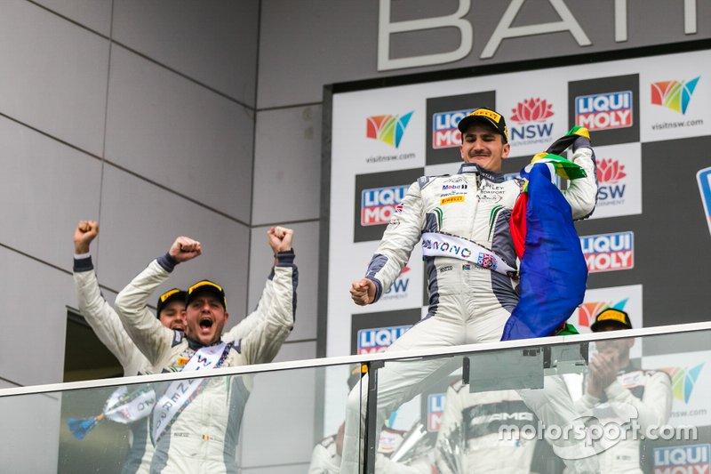 Podio: ganadores #7 Bentley Team M-Sport Bentley Continental GT3: Jules Gounon, Maxime Soulet, Jordan Pepper