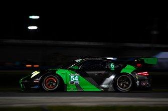 #54 BLACK SWAN RACING, Porsche 911 GT3 R, GTD: Jeroen Bleekemolen, Sven Müller, Trenton Estep