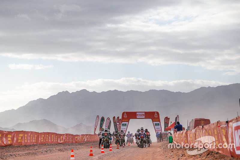 Atmosphere at the start