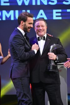 Jean-Eric Vergne wins the Moment of the Year Award, presented by Zak Brown, Executive Director, McLaren
