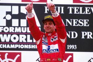 Подиум: победитель Айртон Сенна, McLaren