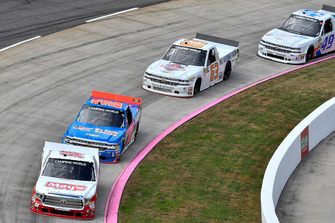 Tyler Ankrum, DGR-Crosley, Toyota Tundra May's Hawaii / CROSLEY BRANDS, Stewart Friesen, Halmar Friesen Racing, Chevrolet Silverado We Build America,Kyle Donahue, MB Motorsports, Chevrolet Silverado