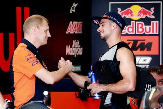 Aki Ajo, directeur de l'équipe Ajo Motorsport, Miguel Oliveira, Red Bull KTM Ajo