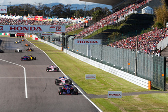 Pierre Gasly, Scuderia Toro Rosso STR13, devance Sergio Perez, Racing Point Force India VJM11, Esteban Ocon, Racing Point Force India VJM11, Carlos Sainz Jr., Renault Sport F1 Team R.S. 18, et Brendon Hartley, Toro Rosso STR13