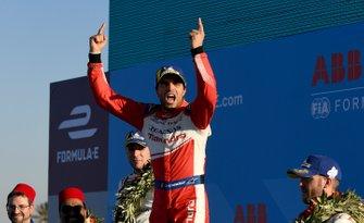 Jérôme d'Ambrosio, Mahindra Racing, 1st position, celebrates victory