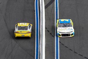 Ryan Blaney, Team Penske, Ford Fusion Menards/Pennzoil, Ross Chastain, Premium Motorsports, Chevrolet Camaro
