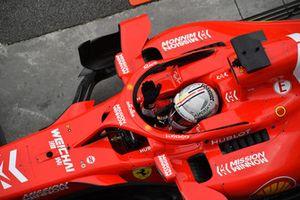 Sebastian Vettel, Ferrari SF71H waves his hands when on the weighbridge during Q2