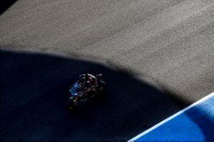Lewis Hamilton prova la Yamaha Superbike