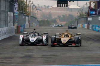 Andre Lotterer, DS TECHEETAH, DS E-Tense FE19, overtakes Jose Maria Lopez, GEOX Dragon Racing, Penske EV-3