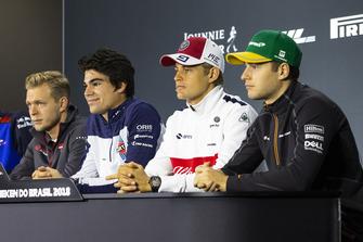 Kevin Magnussen, Haas F1 Team, Lance Stroll, Williams Racing, Marcus Ericsson, Sauber y Stoffel Vandoorne, McLaren en la conferencia de prensa