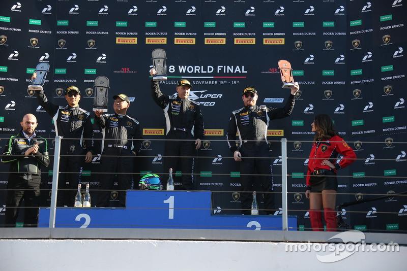 Podio Gara 2 World Final AM+LC