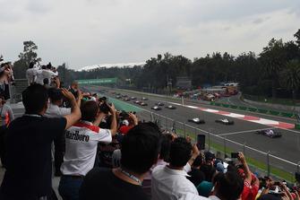 Brendon Hartley, Scuderia Toro Rosso STR13 au départ
