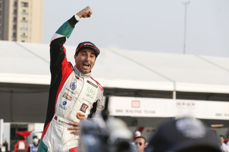 Race winner Mehdi Bennani, Sébastien Loeb Racing