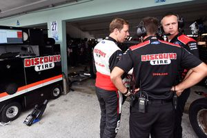 Brad Keselowski, Team Penske, Ford Fusion Discount Tire and Paul Wolfe
