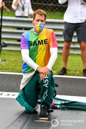 Sebastian Vettel, Aston Martin on the grid