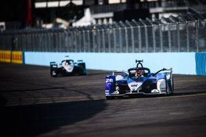 Maximilian Gunther, BMW i Andretti Motorsport, BMW iFE.21, Edoardo Mortara, Venturi Racing, Silver Arrow 02