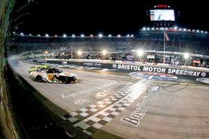 A.J. Allmendinger, Kaulig Racing, Chevrolet Camaro, Austin Cindric, Team Penske, Ford Mustang