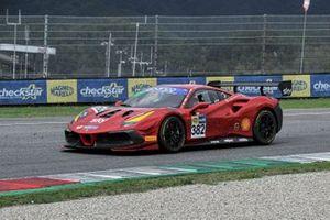 #382 AF Corse/Formula Racing, Ferrari 488 Challenge Evo: Willem Van Der Vorm, Michele Rugolo